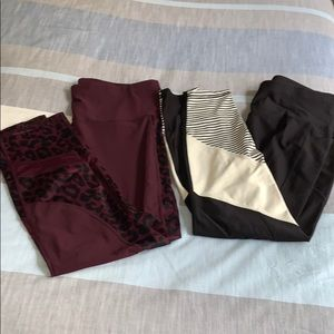 Set of work out leggings